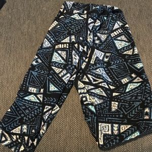 LLR One Size Aztec print leggings